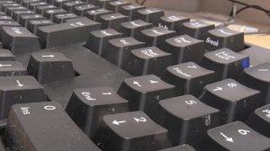 Cherry黒軸のキーボードは打鍵重くてゲームでは疲れるかも